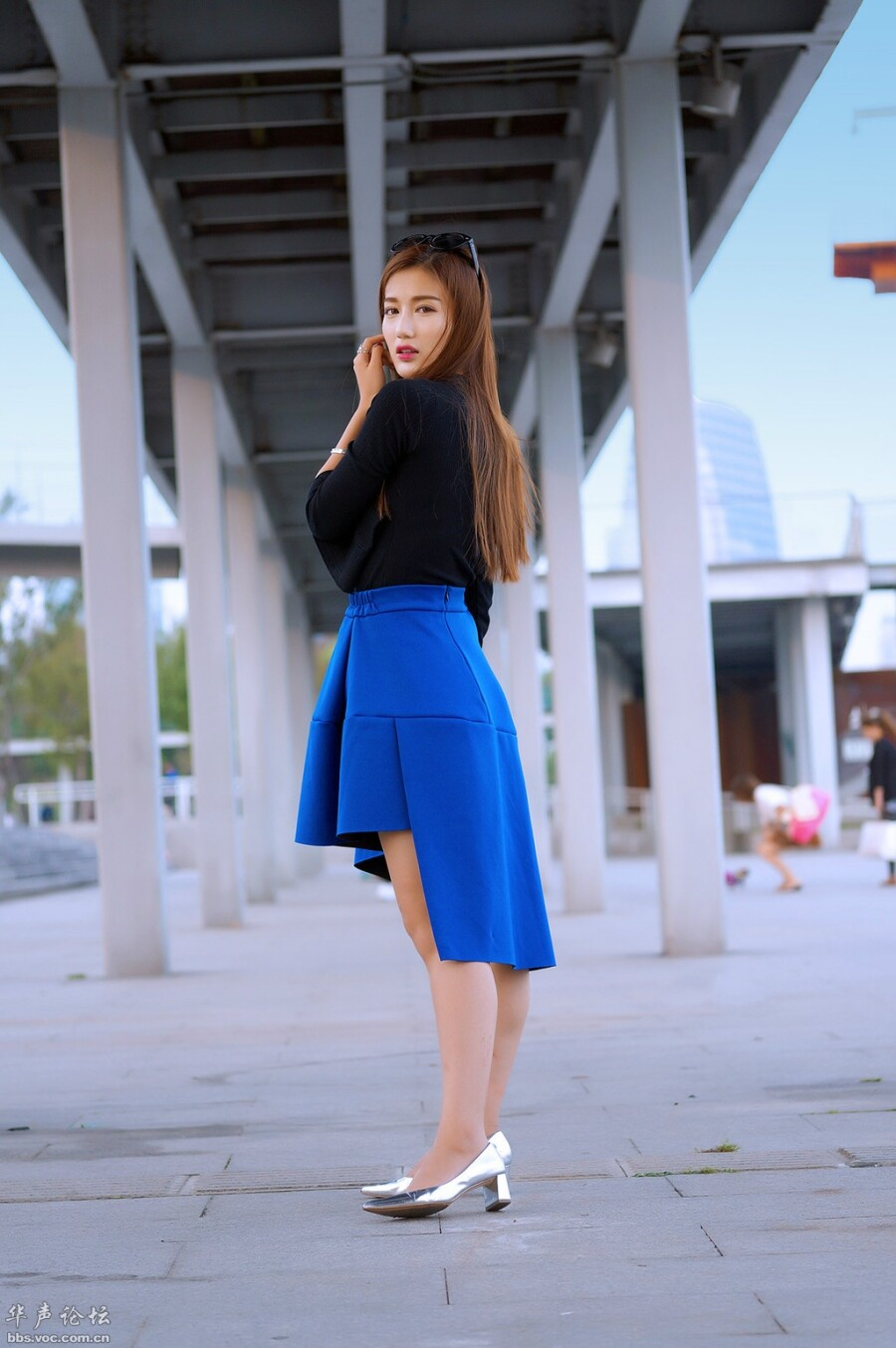 时尚高挑  靓女菲菲 - 花開有聲 - 花開有聲