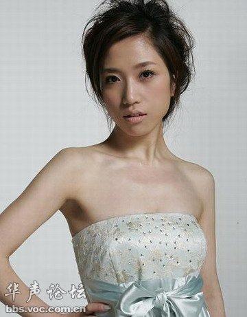歌手胡杨林